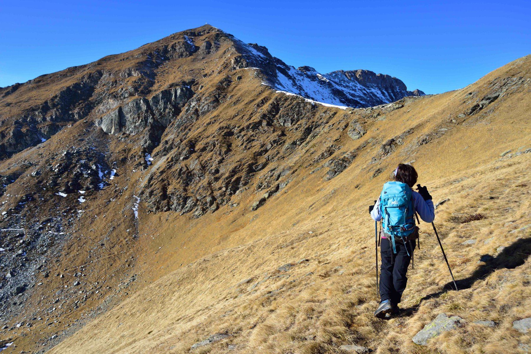 Veduta sul versante est e la cresta nord-est della Cima di Crosa