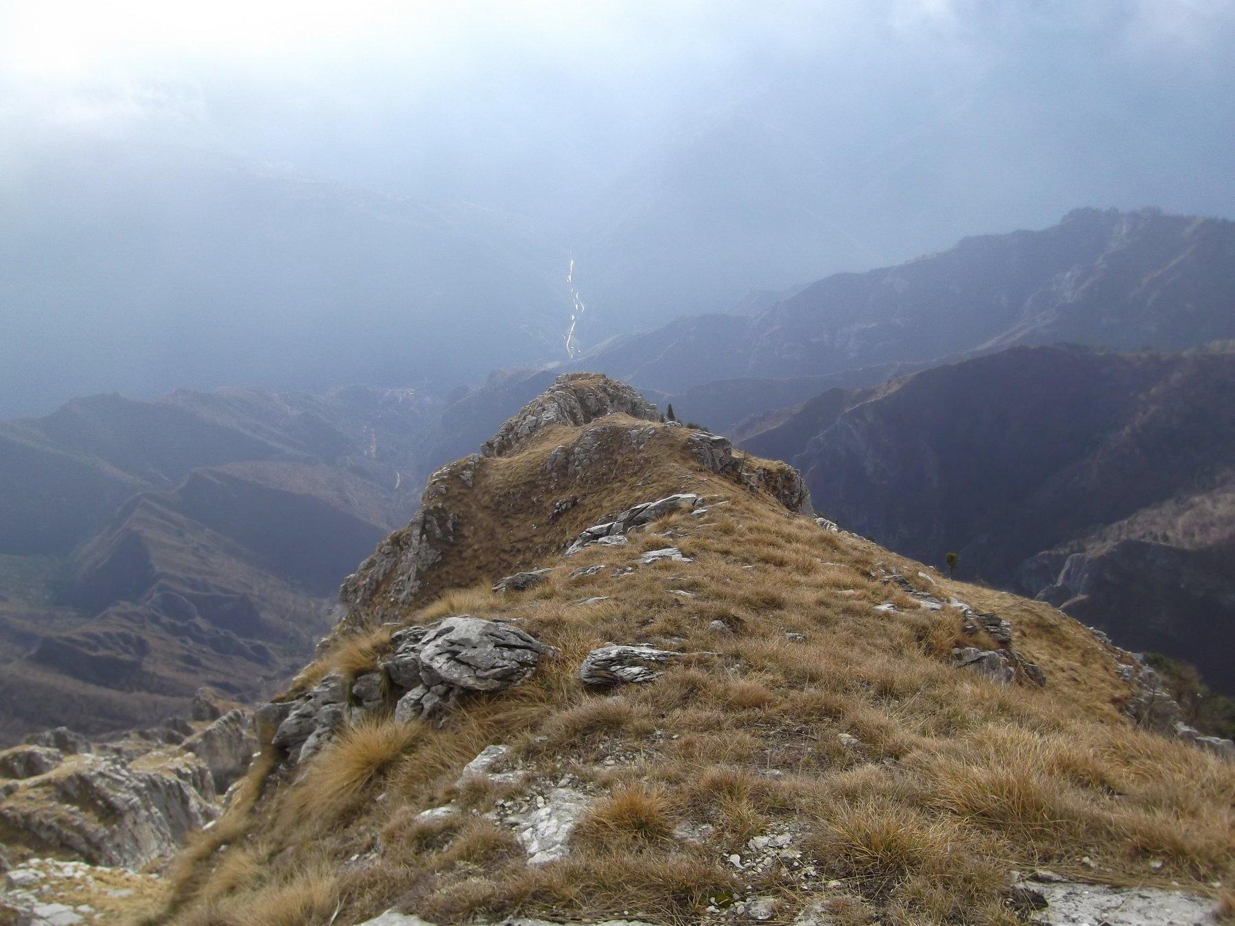 Roccia Agnelliera e fondovalle Maira.