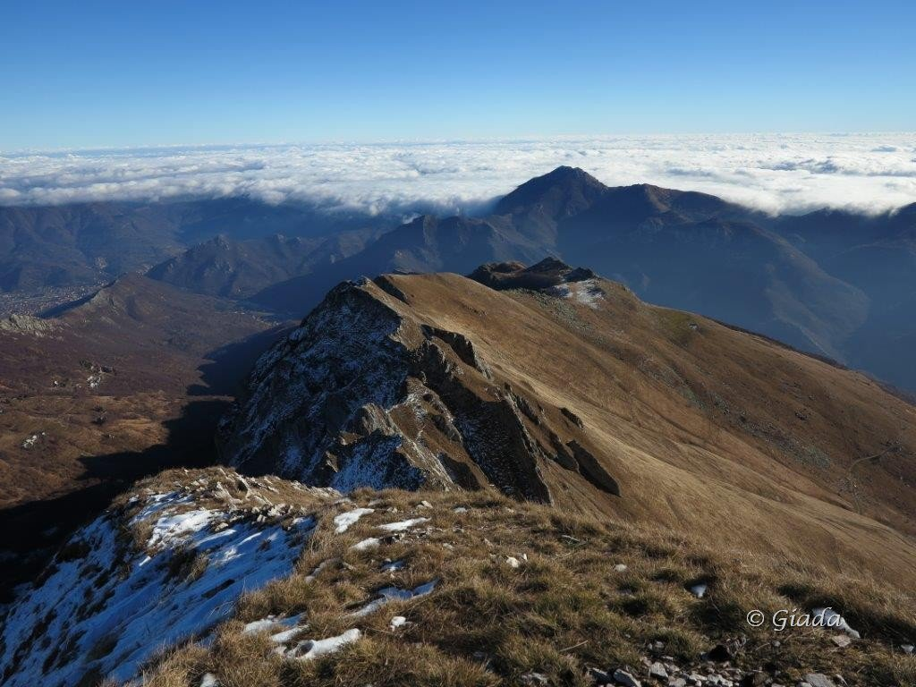 Verso la Liguria e la cresta est