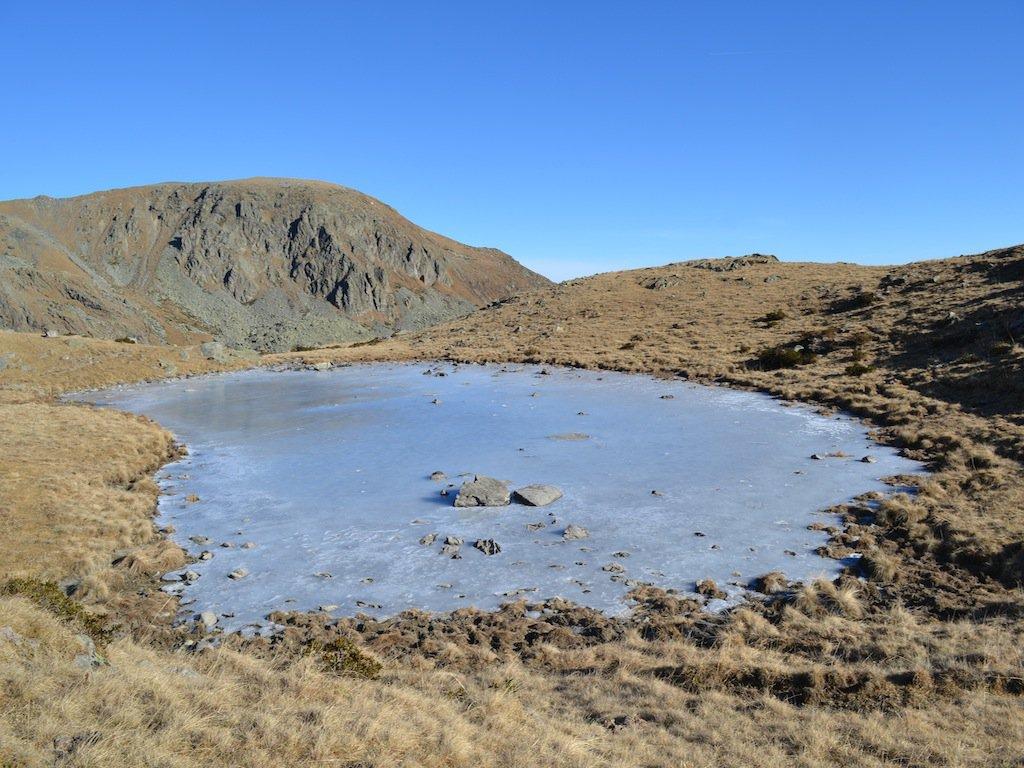 Lago Veilet ghiacciato