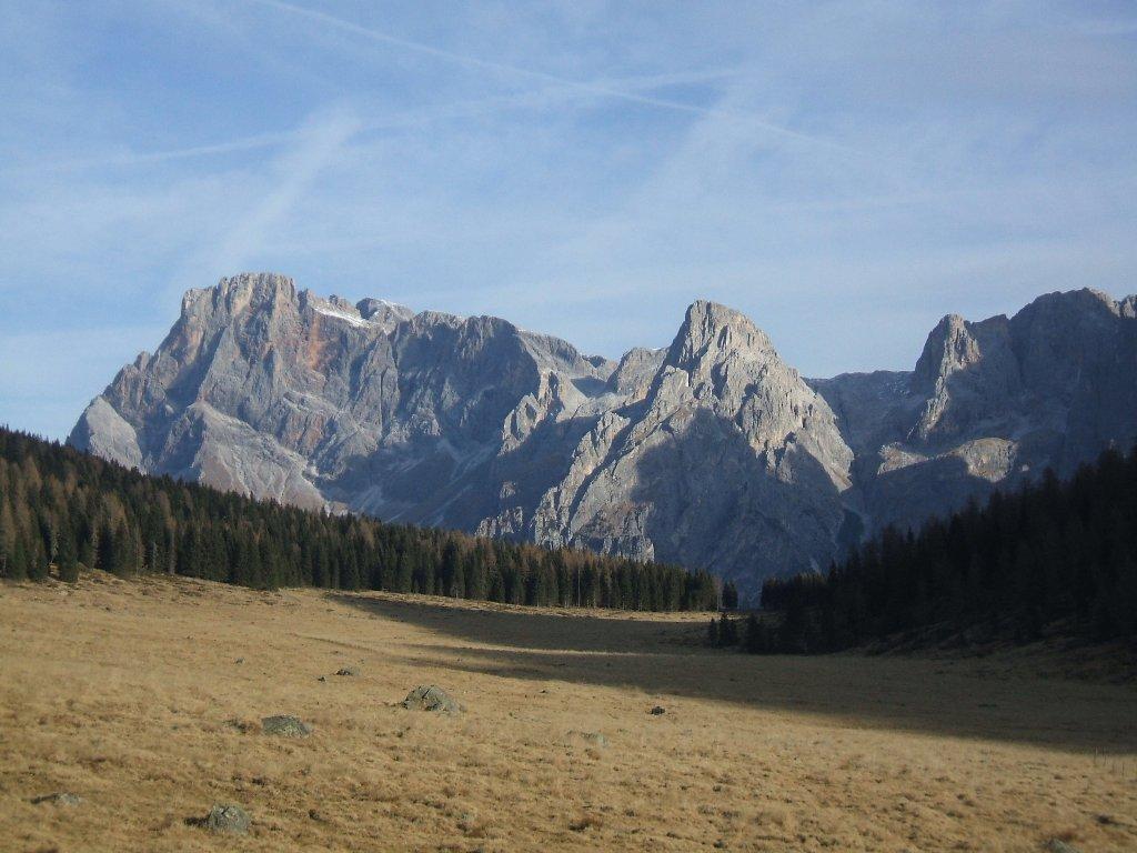 Pale di San Martino dalla piana del Calaita