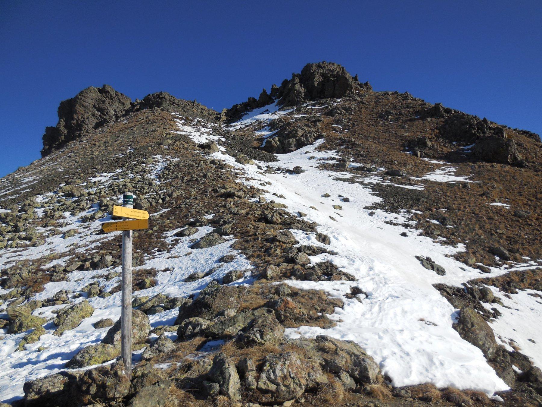 La punta dal colle dove si mollano gli sci
