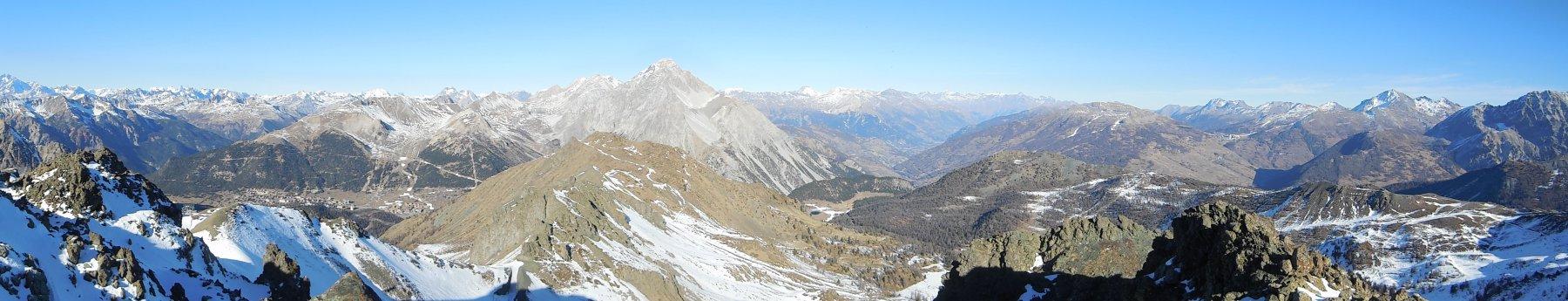 Panorama desolante per la poca neve