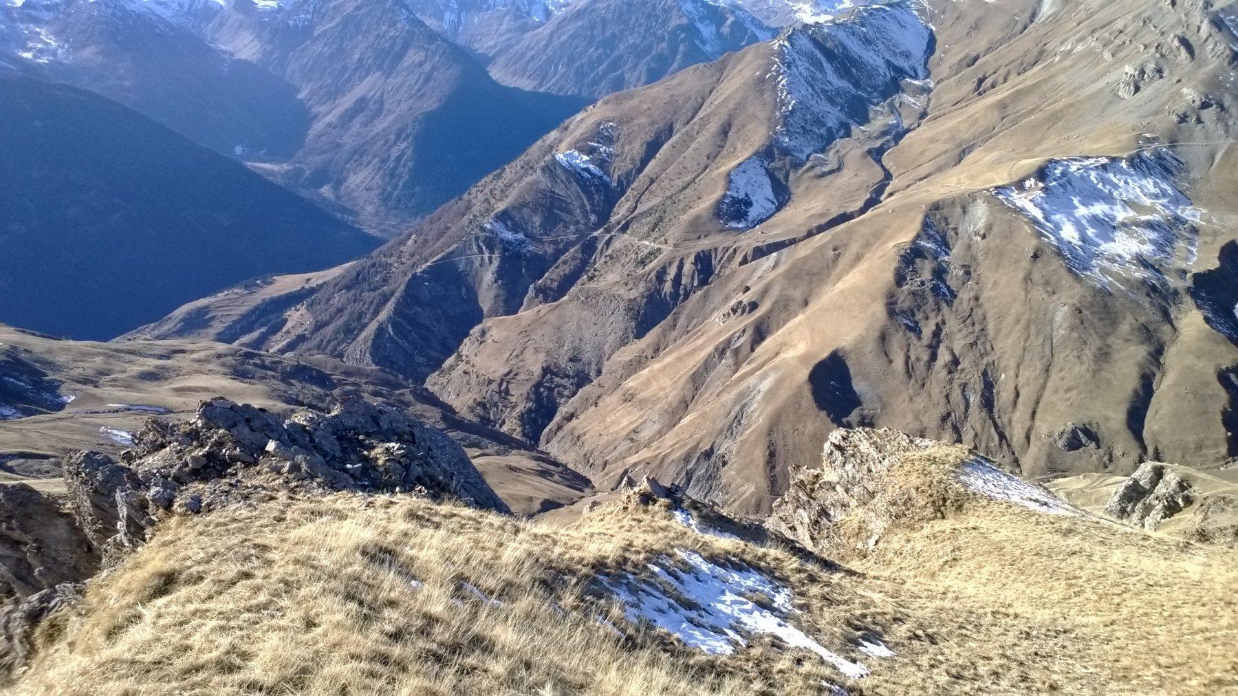 Dalla cima vista su Moriglione e sulla prima parte dell'itinerario