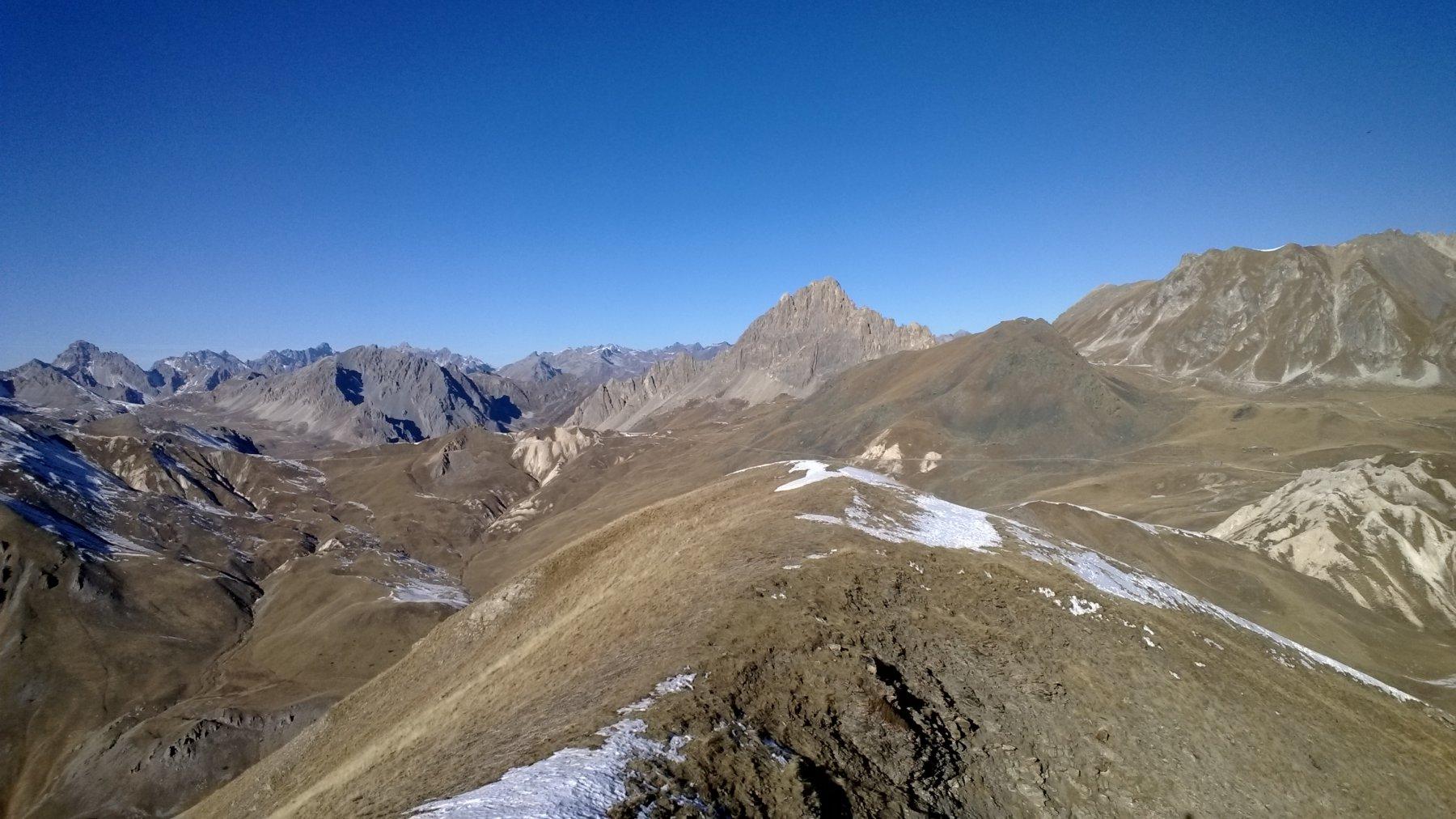 Altopiano della Gardetta e zona Bandia dalla cima