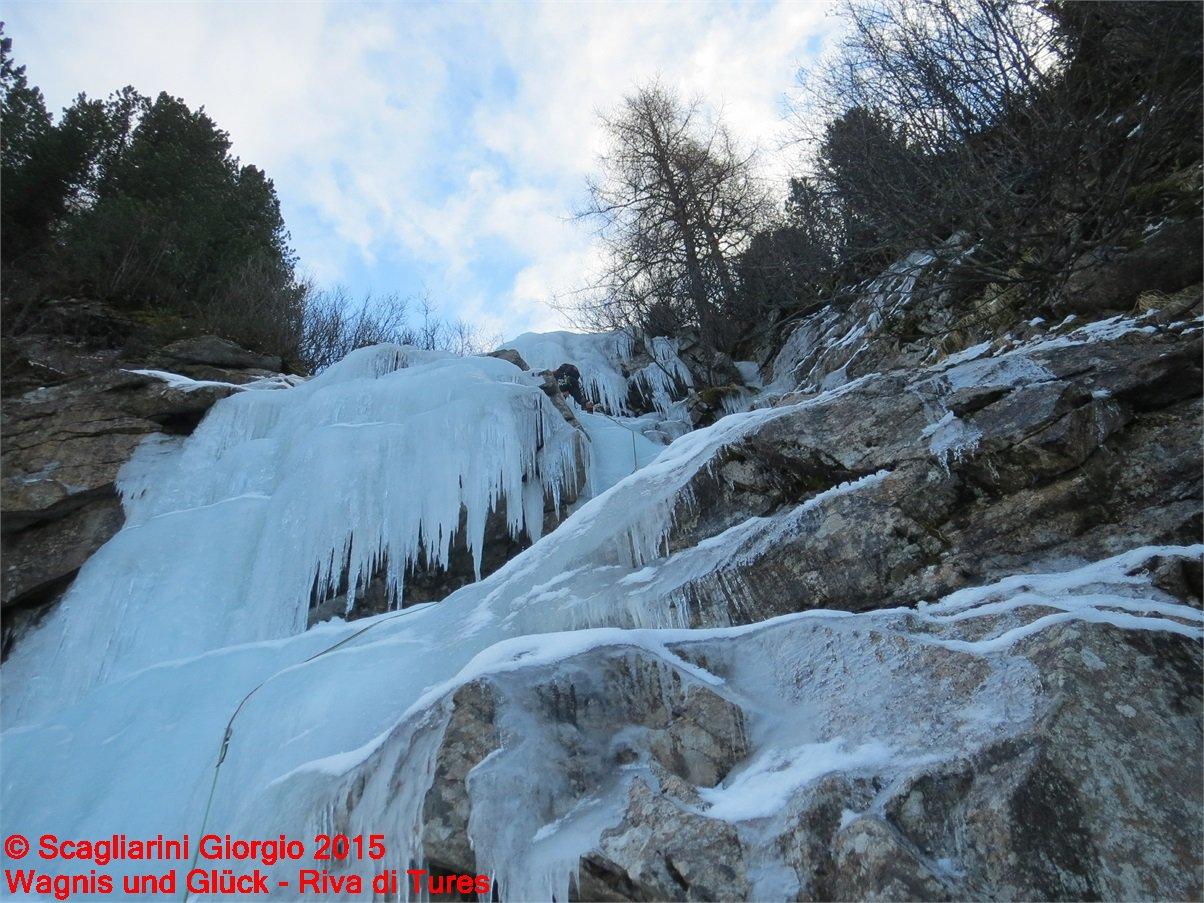 Wagnis und Glück (Cascata) - Riva di Tures 2015-12-19