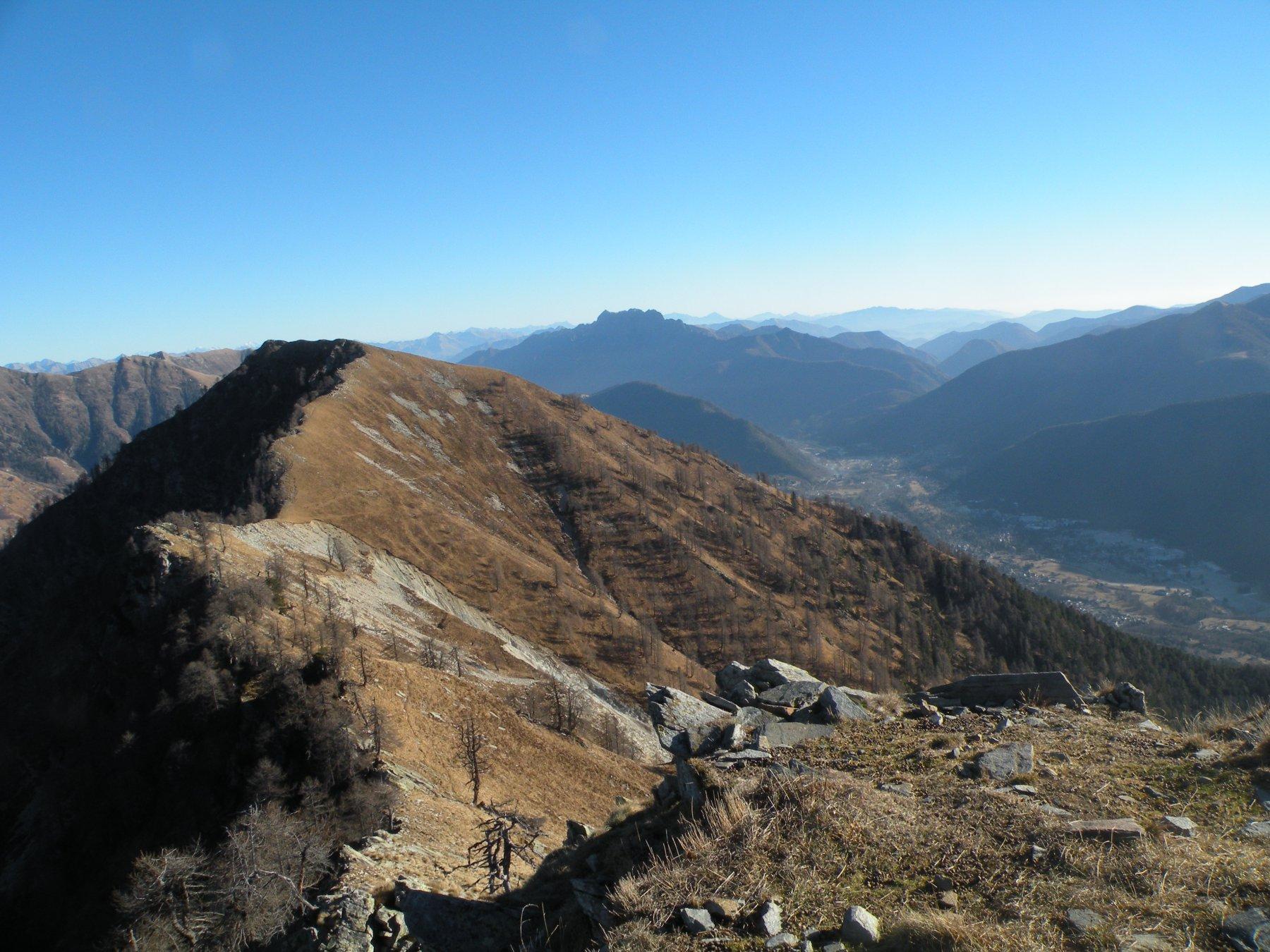 La cresta che porta al Monte Mater