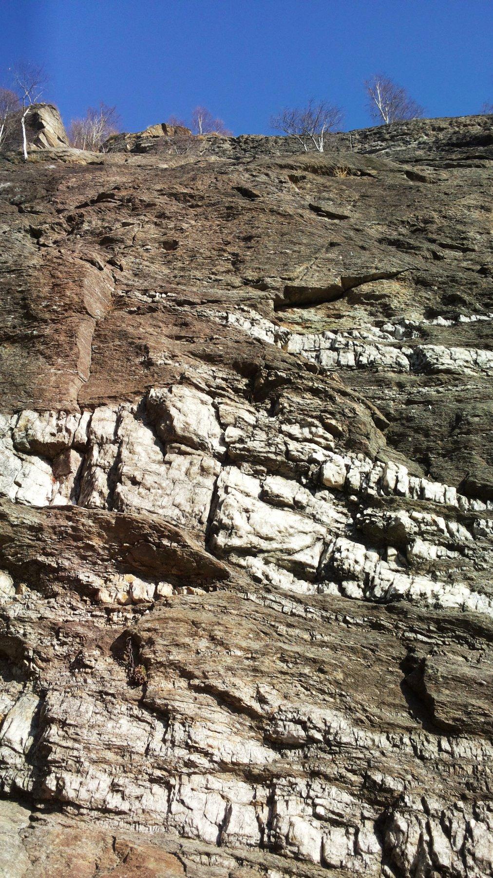 il secondo salto dal basso, con le caratteristiche vene di quarzo