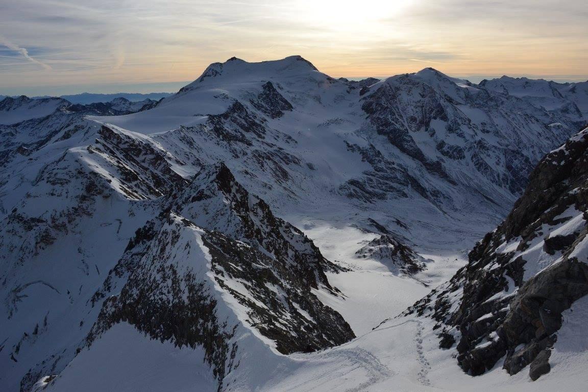 la traccia dal colletto al ghiacciaio superiore