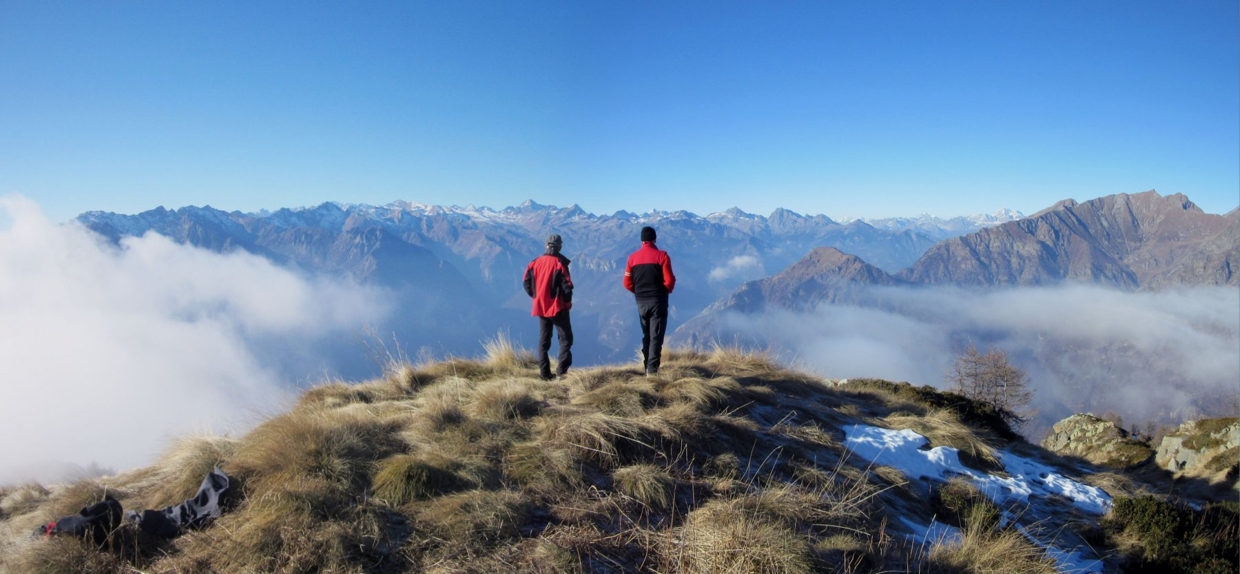 Pier Albino e Sergio ammirano il panorama