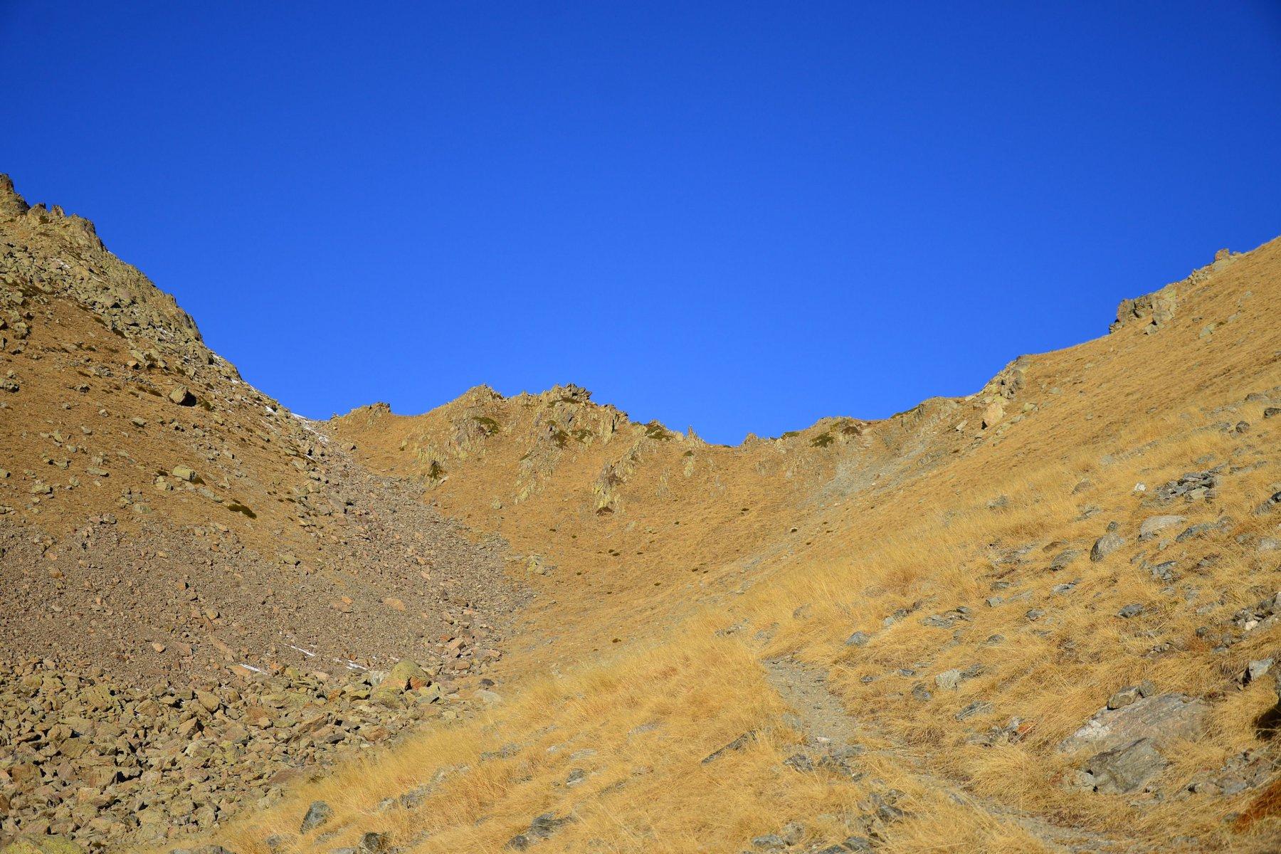 vallone verso il Passo Laroussa