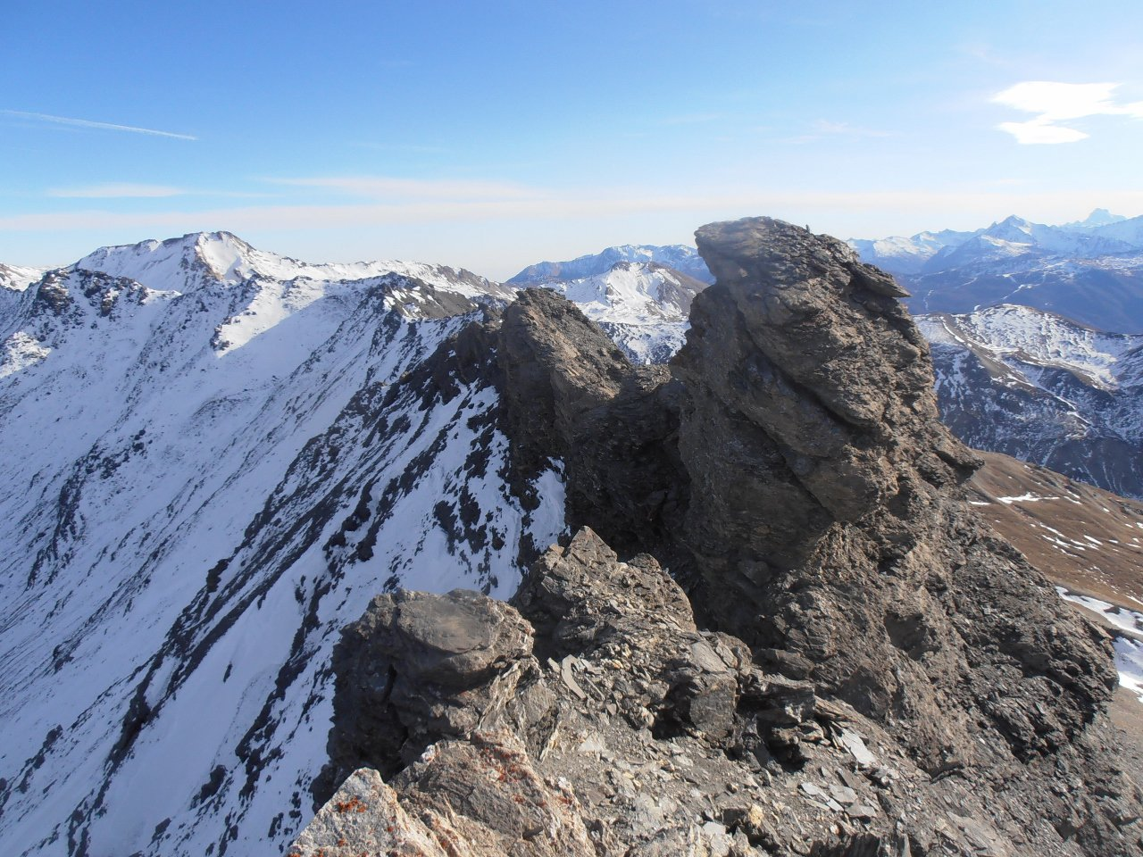 04 - cresta verso la Testa del Coin e la Punta Valfredda