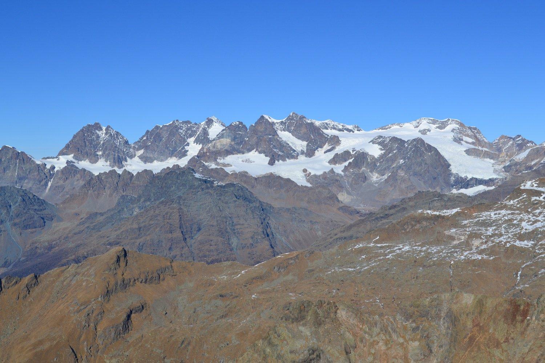 il massiccio del Bernina dalla vetta