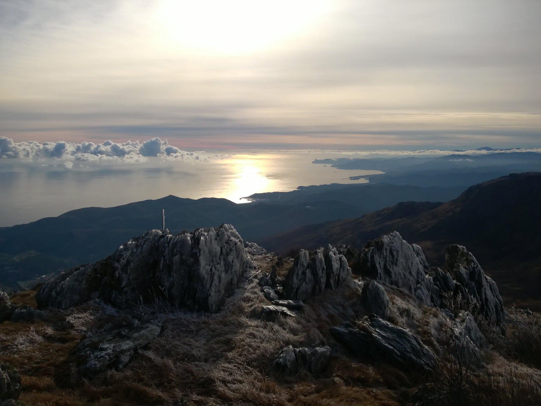 Beigua (Monte) da Pratorotondo, per i Monti Rama, Fontanaccia, Ermetta, Grosso, Sciguello 2016-01-03