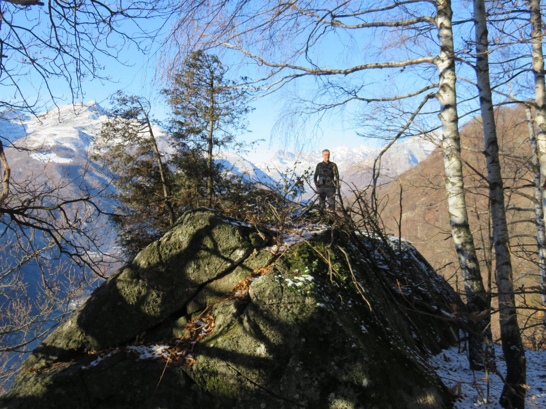 Franco sopra il grande Roc ad Turusut