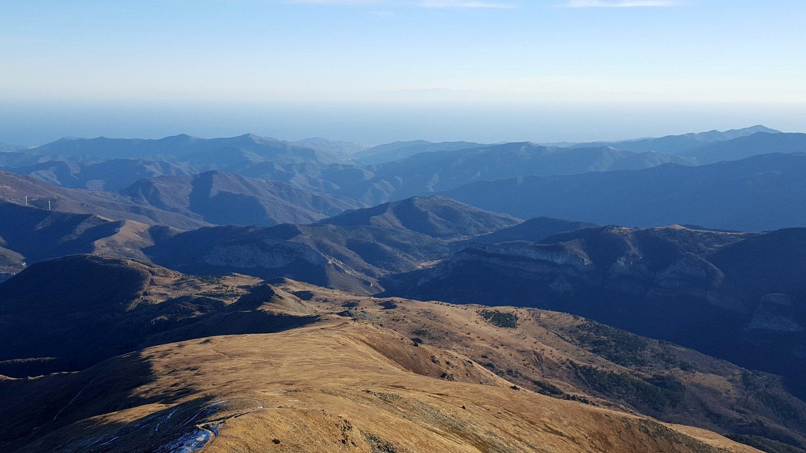 Panorama verso il mare e la Corsica
