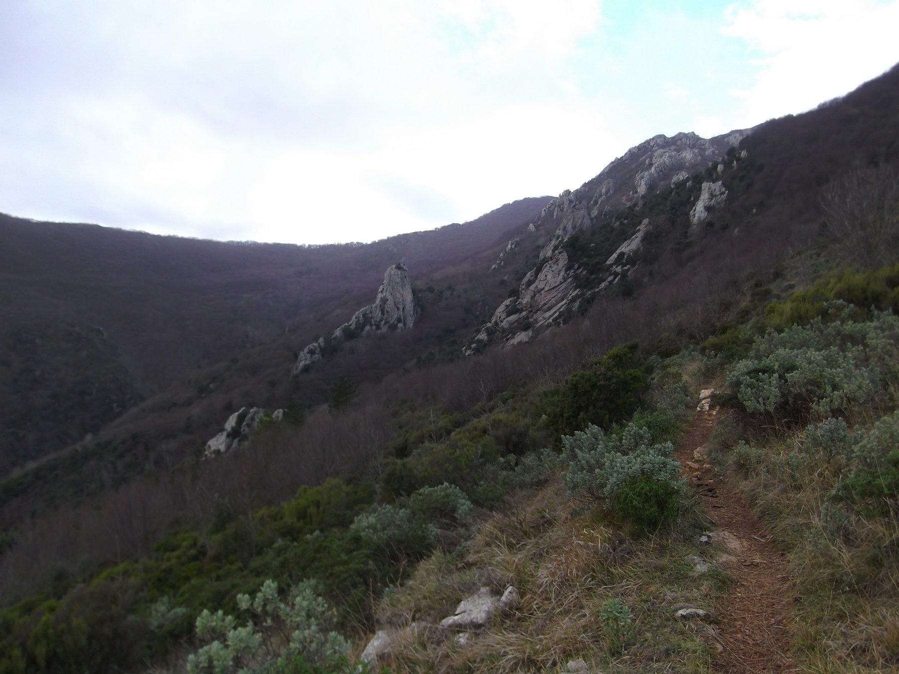 verso il Terre Alte con la Rocca dell'Aia in centro.