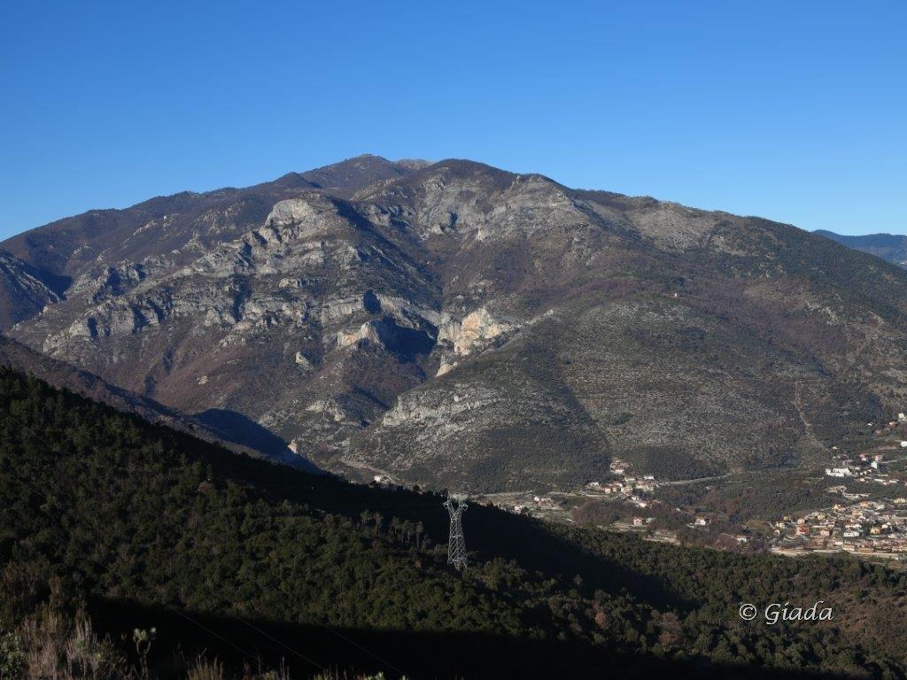 Monte Carmo, Ravinet, San Pietro ai Monti