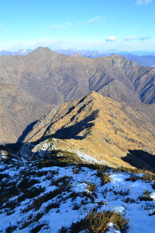in discesa verso l'Alpe Farina