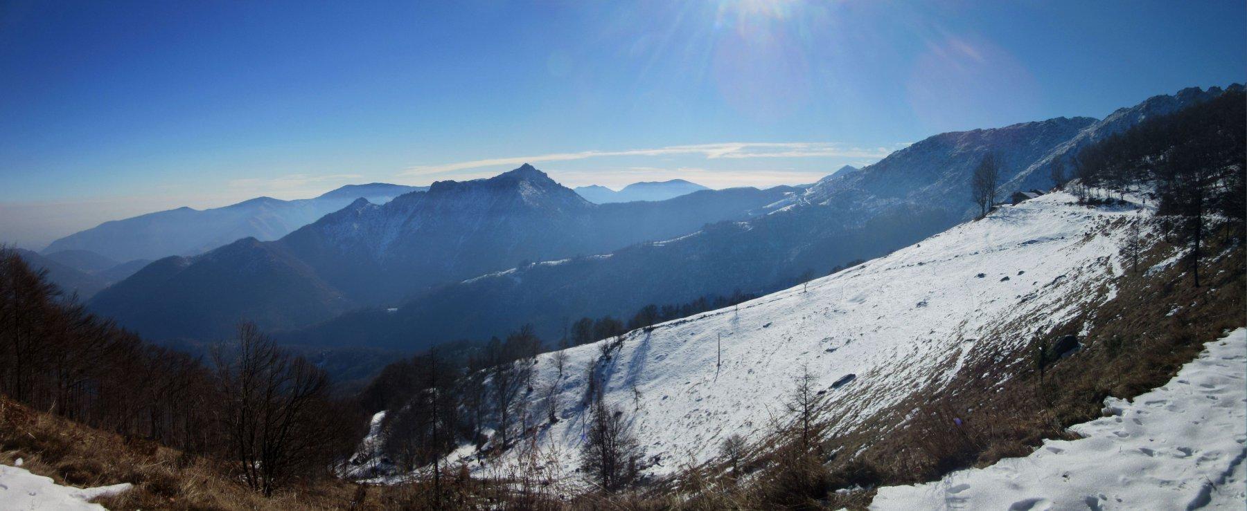 Verso l'Alpe Belvedere con l'Uja di Calcante
