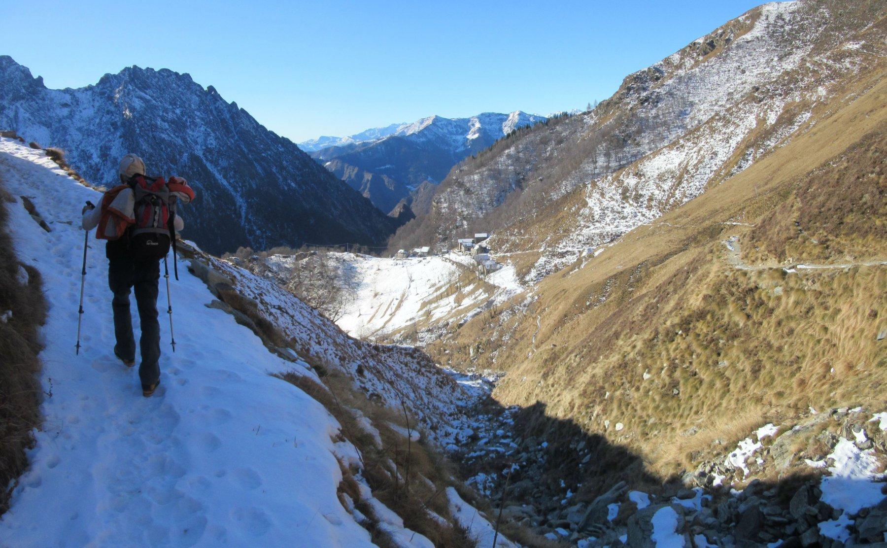 Un po' di neve nel sentiero