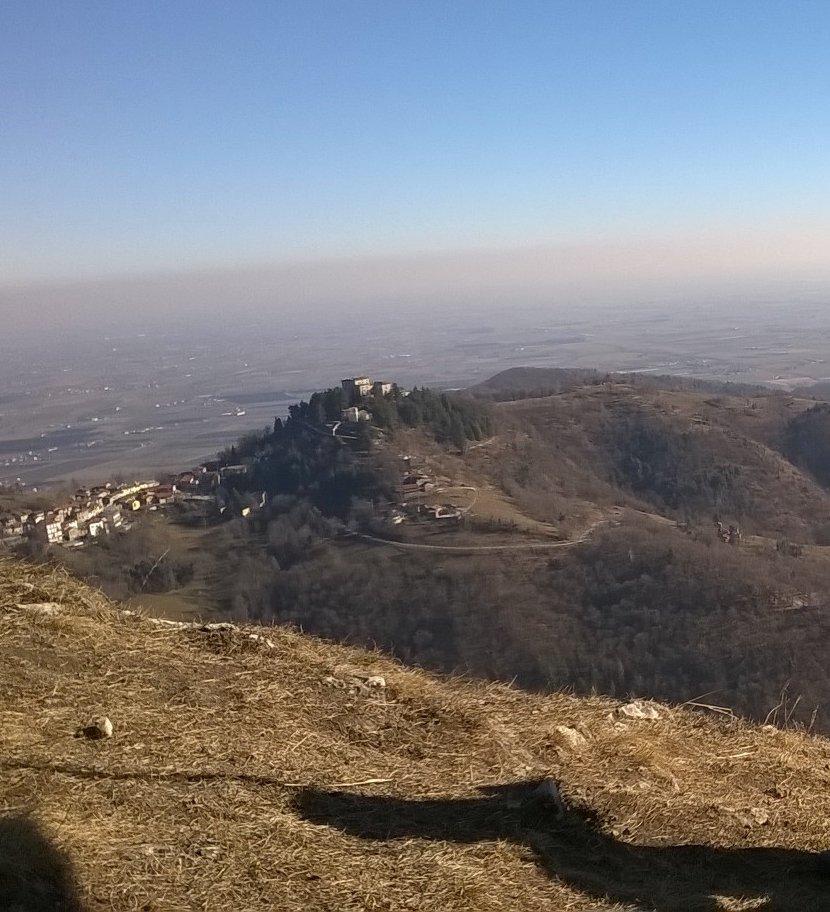 Montemale visto dalla Cima Varengo