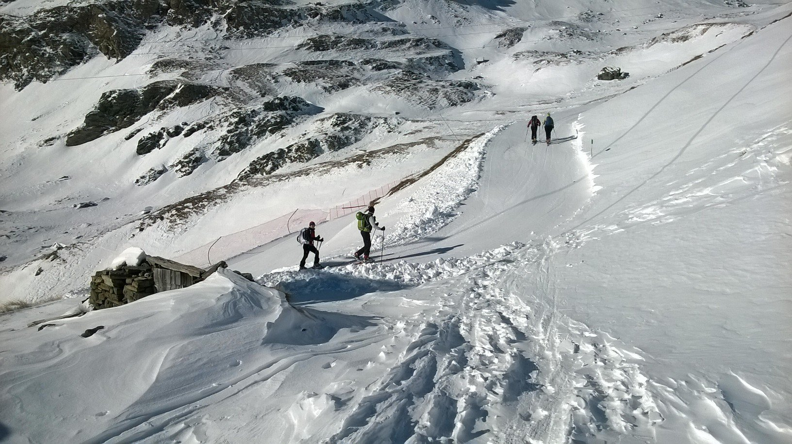Un tratto intermedio della pista di scialpinismo