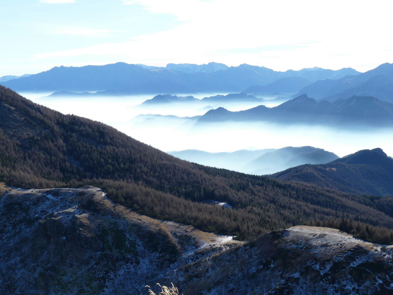 Colle dell'Ortiga e nebbie mattutine sulla bassa