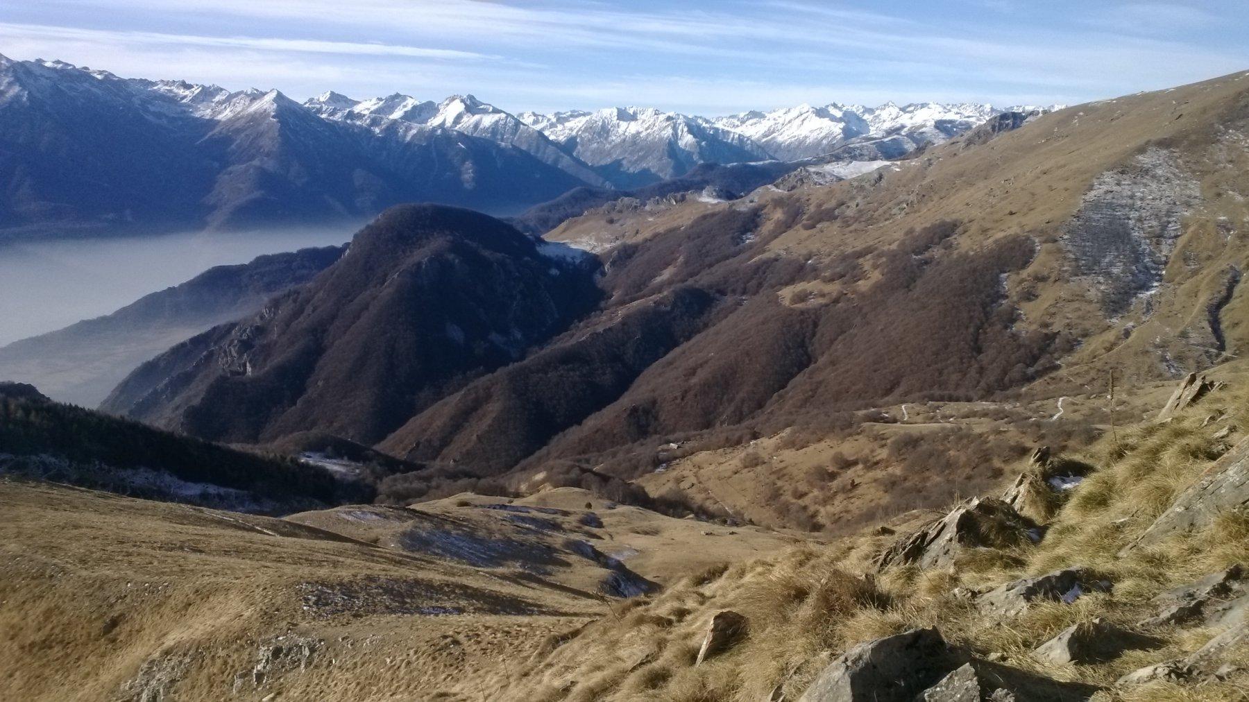 panorama verso vallone di Monfieis e cime della valle Stura