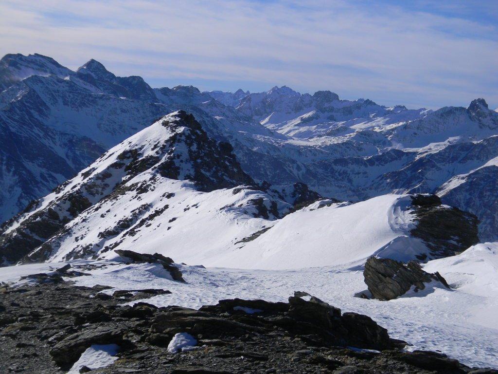 la facile cresta di traversata tra la cresta Savarex e la costa 3 Chiosis