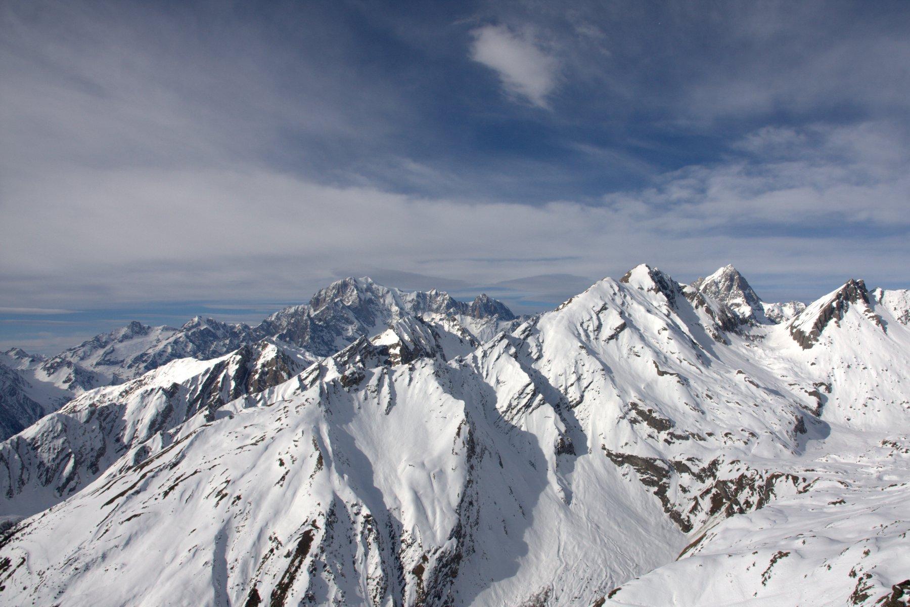 Il maltempo in arrivo sul Bianco visto dalla cima.