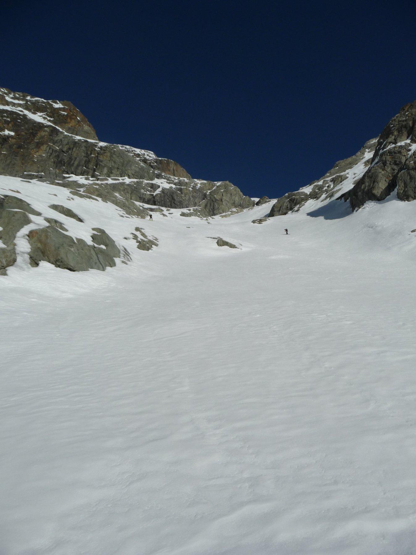 Pendio canale per accedere al ghiacciaio
