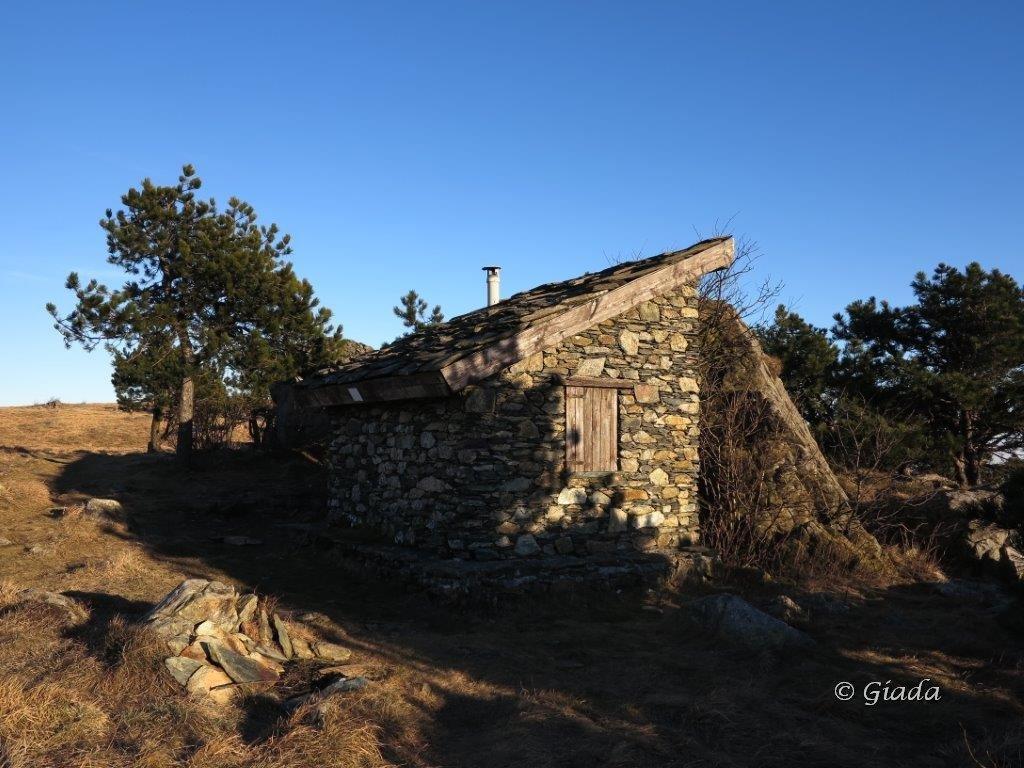 Beigua (Monte) dal Passo del Faiallo per i Monti Reixa, Argentea e Rocca Vaccaria 2016-02-05