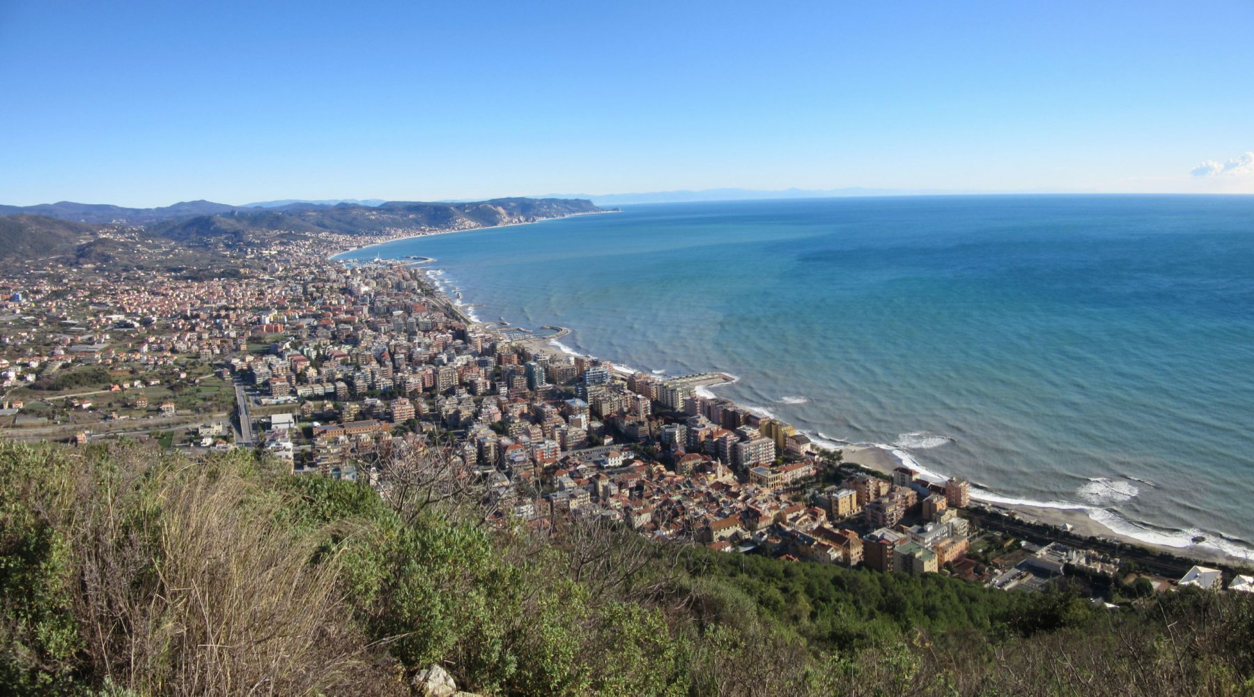 Panorama verso Borghetto e Loano