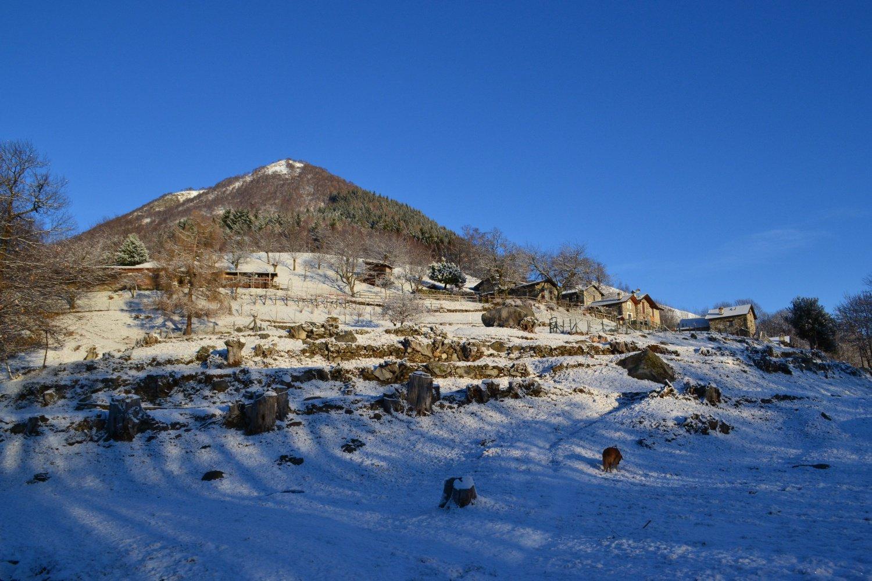 Alpe Marcalone con dietro il Monte Giove