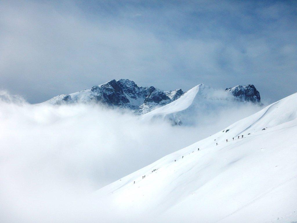 In fuga dalle nebbie