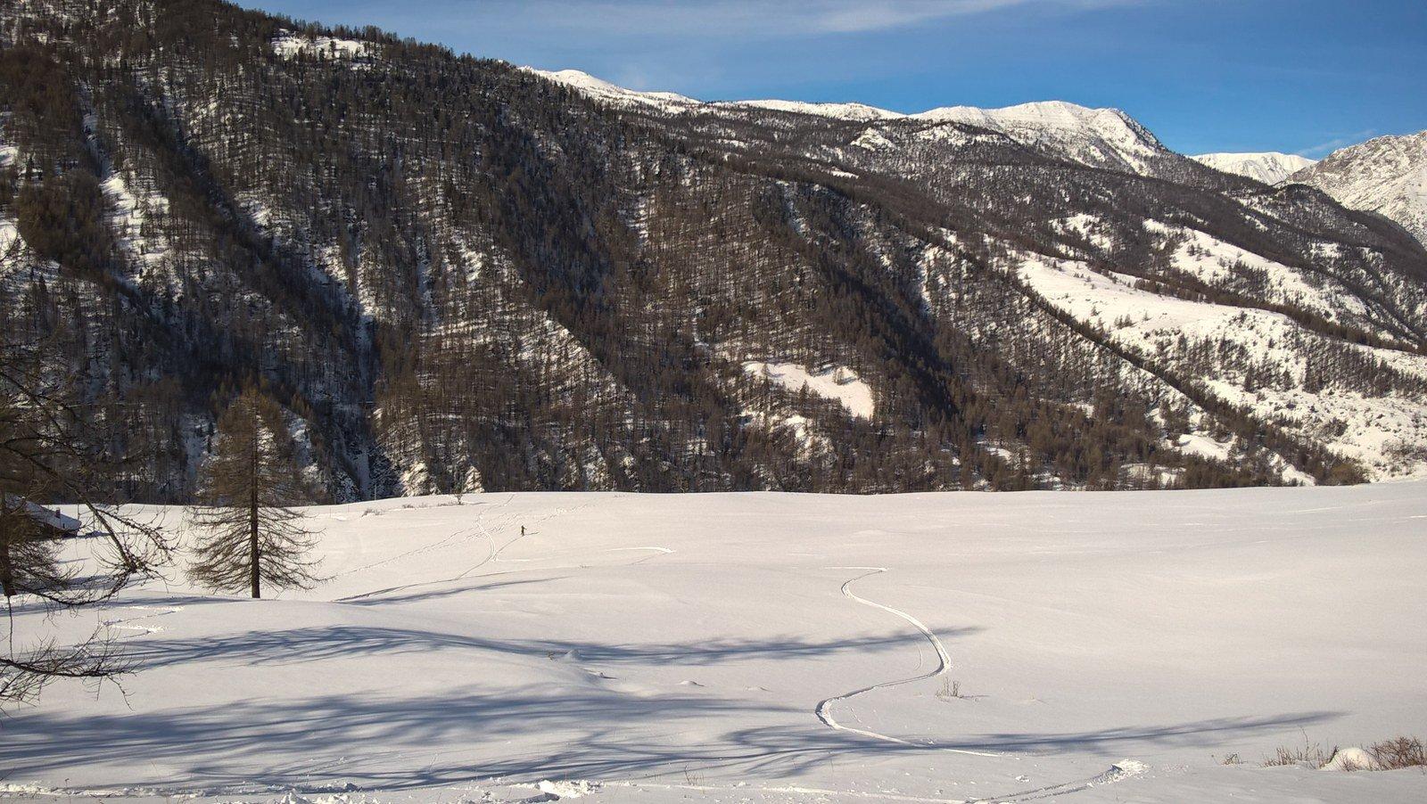 Bella neve anche nei pratoni finali, pur non essendo abbondante