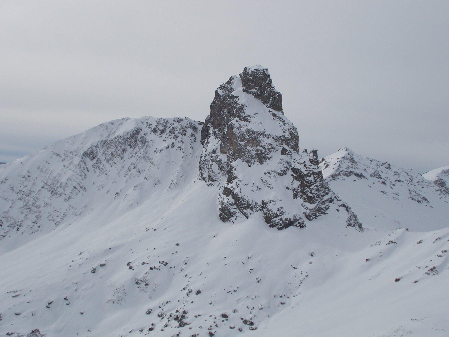 vista sul Roc della Niera..dalla Rocca del Nigro..