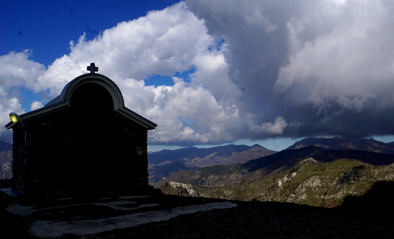 la piccola chiesetta del Poggio