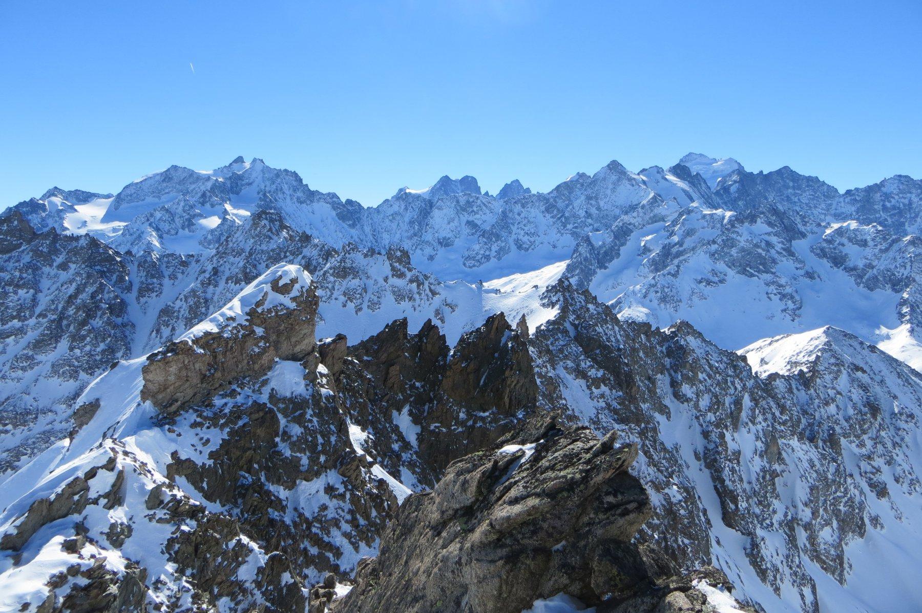 panorama dalla cima sugli Ecrins