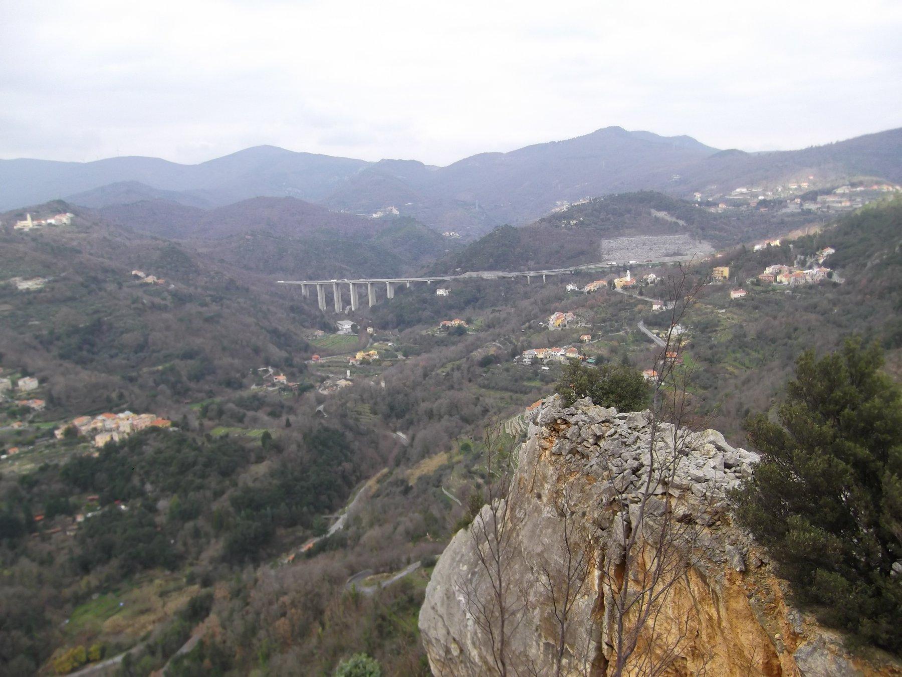 Panoramica dalla Rocca degli Uccelli.