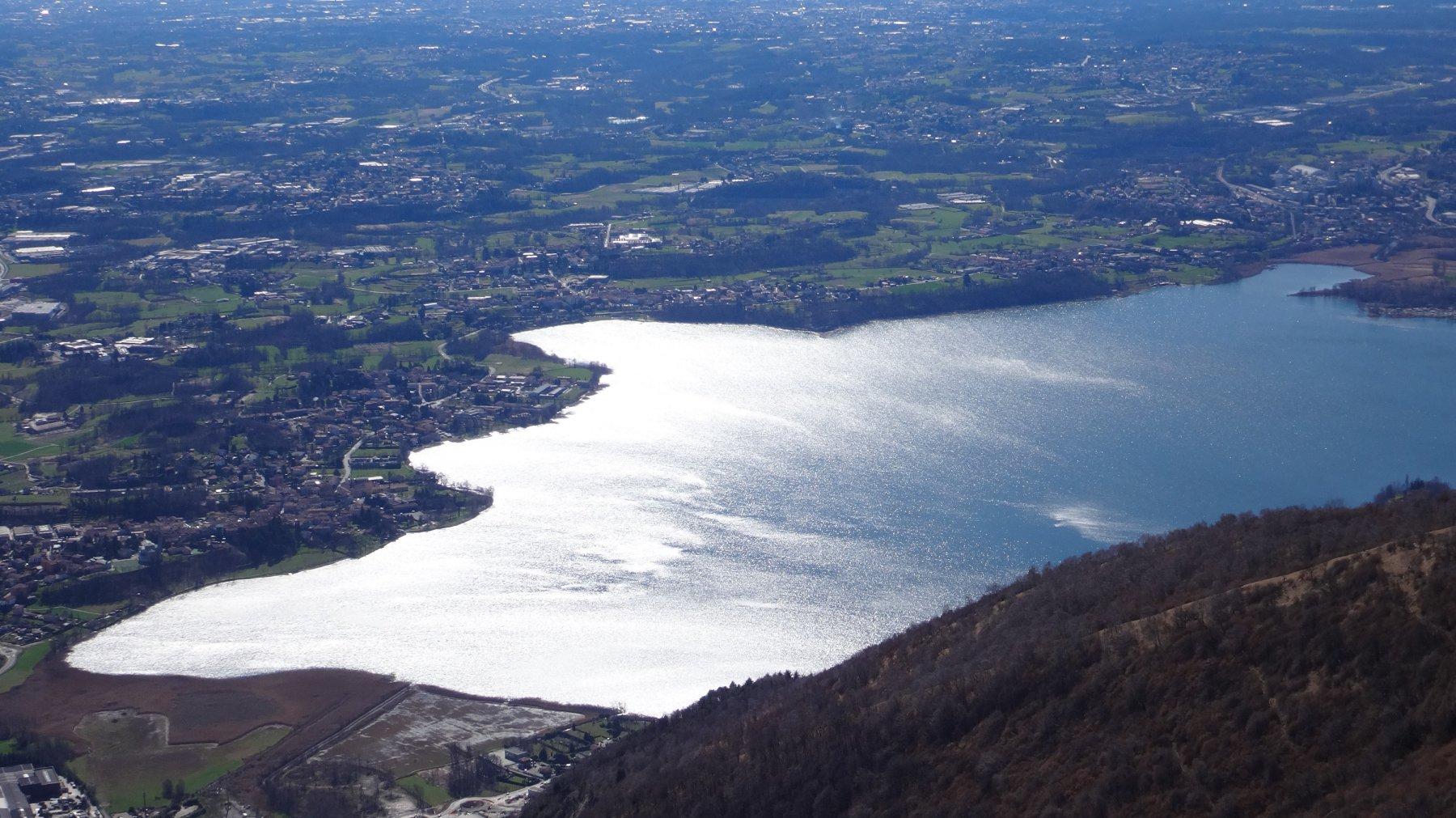 raffiche da Nord sul Lago di Pusiano