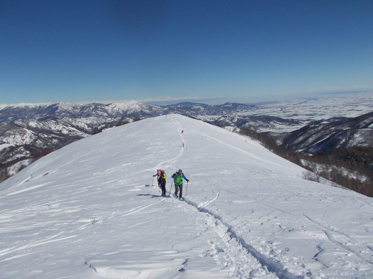 si prosegue verso l 'Alpe