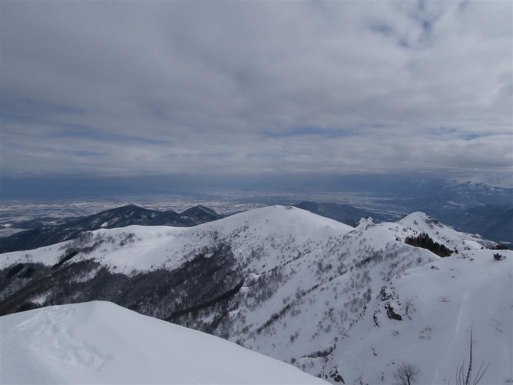 Dal Beccas verso l'Alpe e la grigia pianura