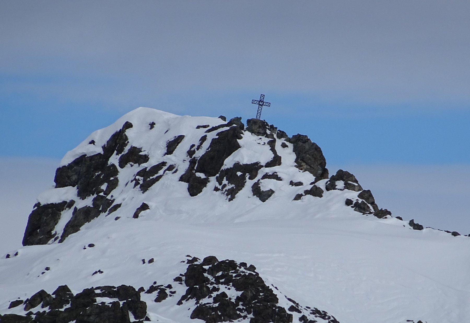 La vicina cima dell'Albergian