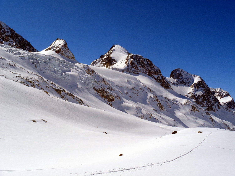 la Tseucca vista dal ghiacciaio d'Otemma