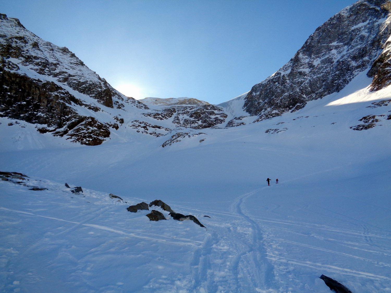 verso il ghiacciaio,saliremo a sinistra