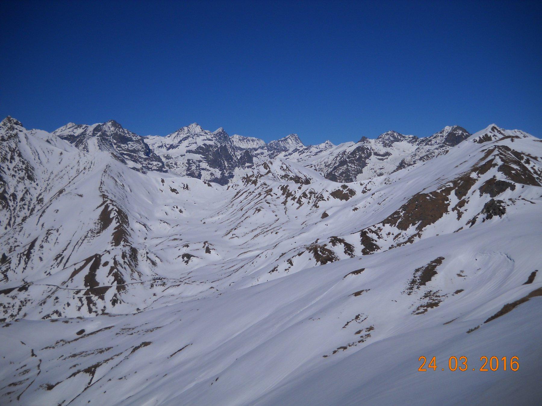 panorama dalla cima verso valle di Lanzo