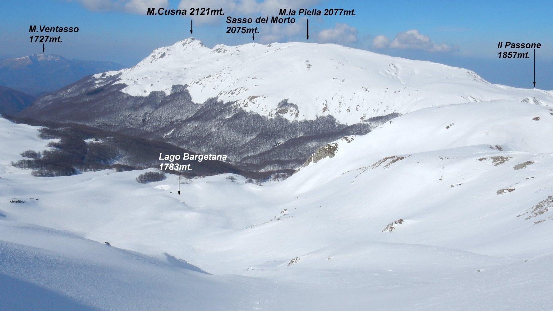 Panorama dalla cima del M.Prado 2054mt. sul M.Cusna.