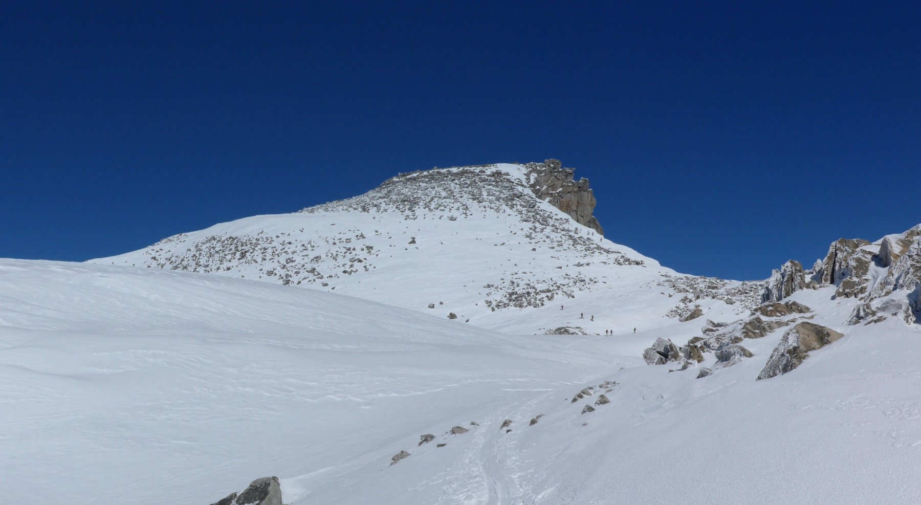 Mittelbergpass e Punta di Valdeserta (Grosses Schinhorn per gli svizzeri)